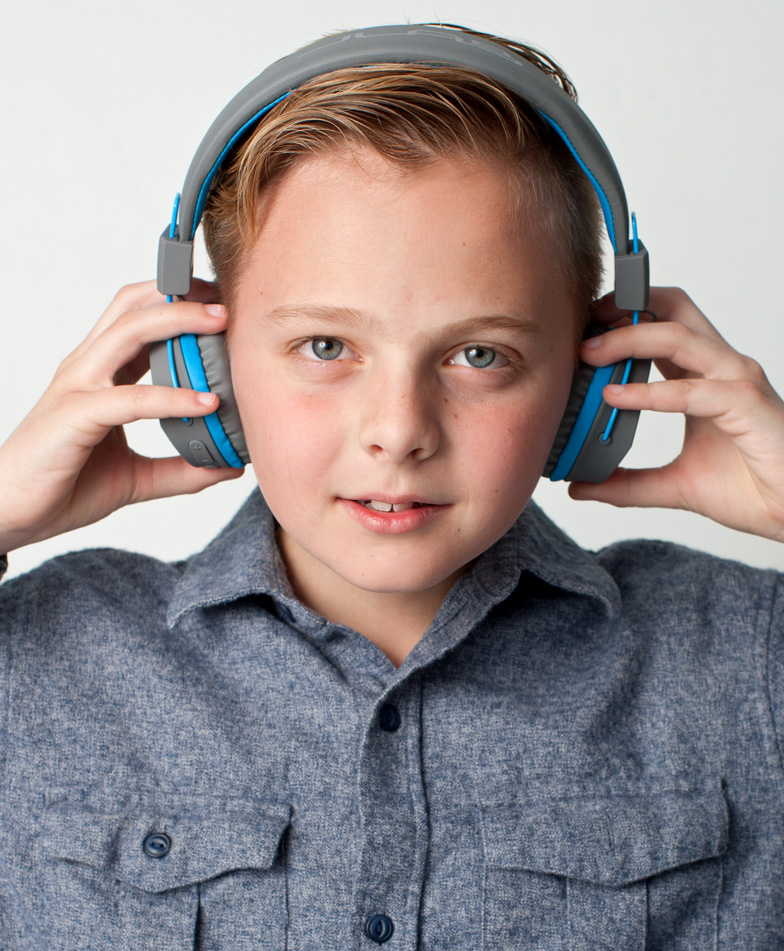Headphones-boy.jpg