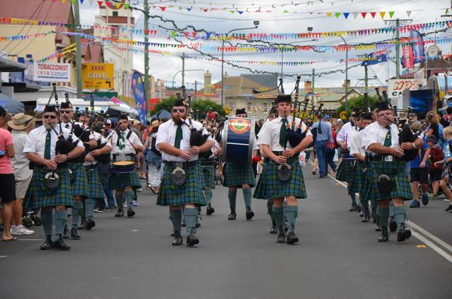 grand parade 5.JPG