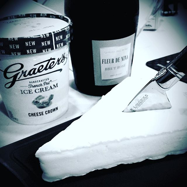 An incredibly delicious episode drops in a few hours! Learn to subscribe at classylittlepodcast.com. (Clickable link in our profile.) #icecream #WineWednesday