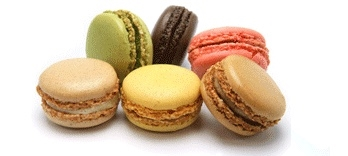 Combo-Macarons-Madeleines.jpg