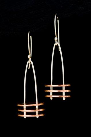 earrings-DW9X0642.jpg
