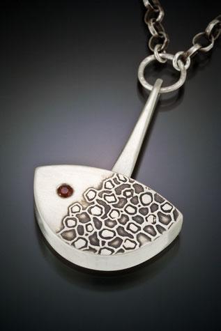 necklace-007.jpg