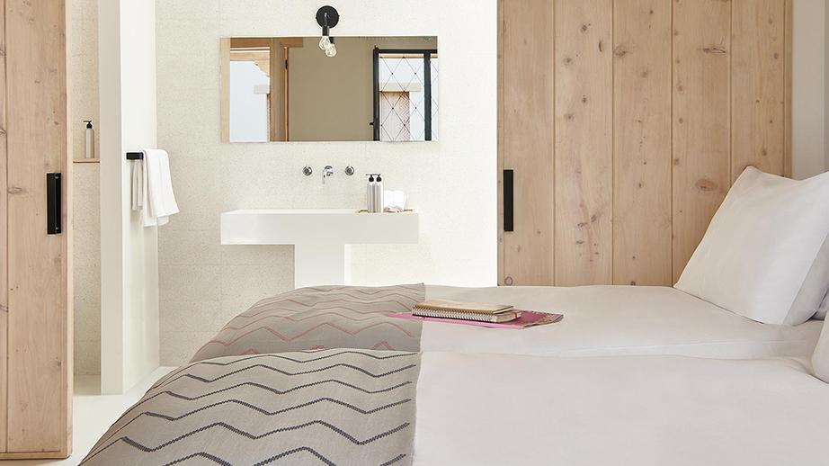 BLOOEY+Remko+Verhaagen+Good+Hotel+Antigua+PILA.jpg