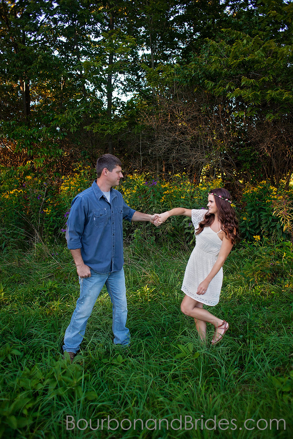 Rustic Engagement Photos | Kentucky Wedding Photography