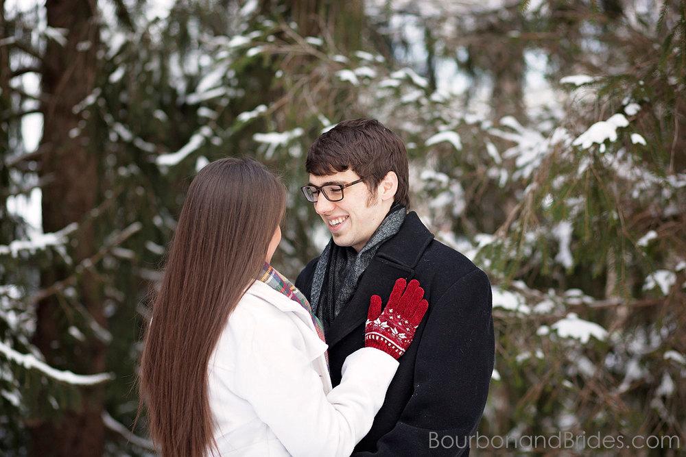 Kentucky Engagament Photos | Kentucky Wedding Photographers | Bourbon & Brides Kentucky Wedding Photography
