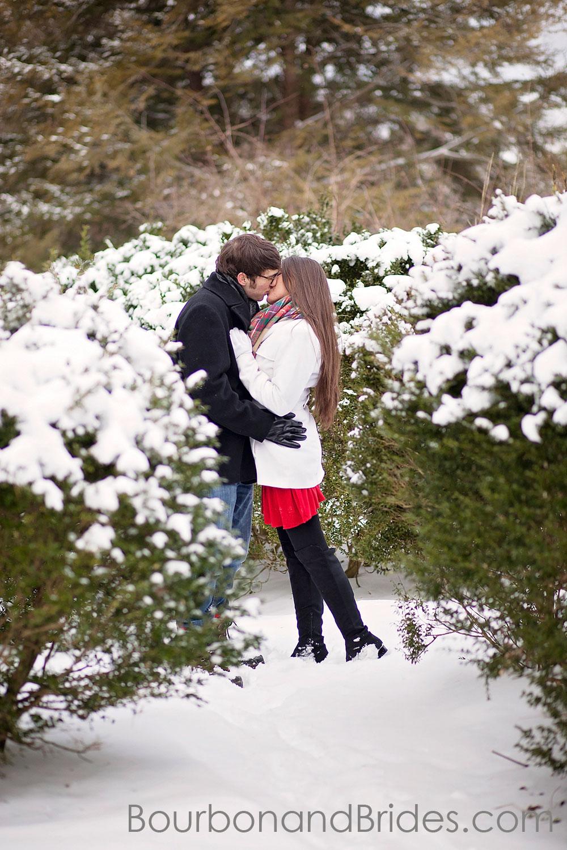 Engagement Frankfort snow | Kentucky Wedding Photographers | Bourbon & Brides Kentucky Wedding Photography