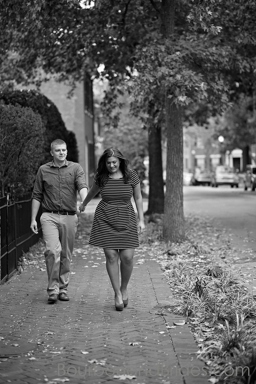 Couple walking in Gratz Park Kentucky Engagement Photos| Kentucky Wedding Photographers | Bourbon & Brides Kentucky Wedding Photography