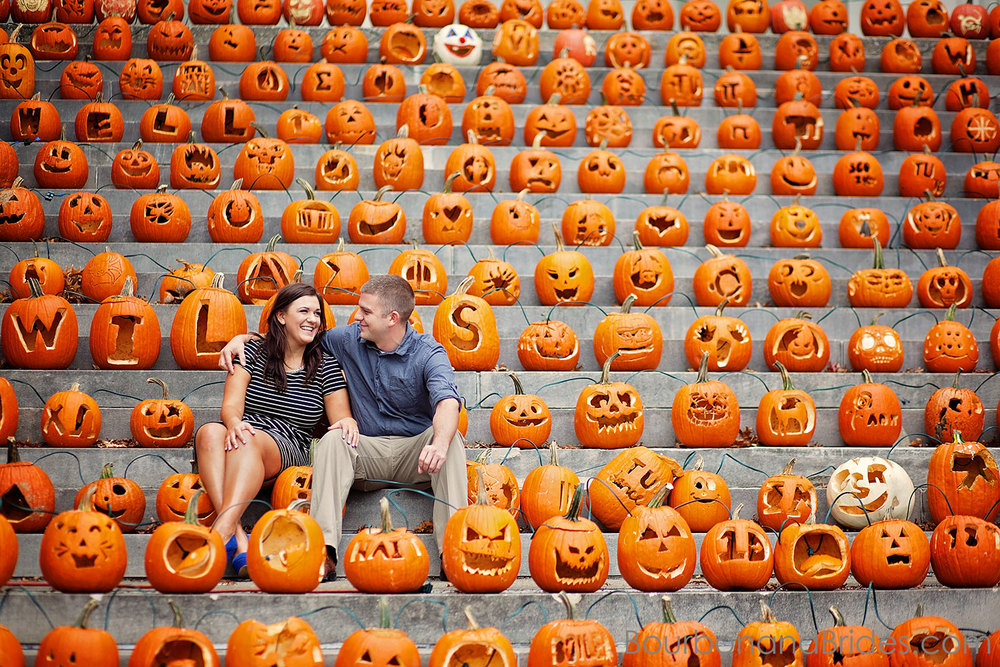 jack-o-lanturn in Gratz park | Kentucky engagement photographers | Kentucky Wedding Photogaphers | Bourbon & Brides Kentucky Wedding Photography