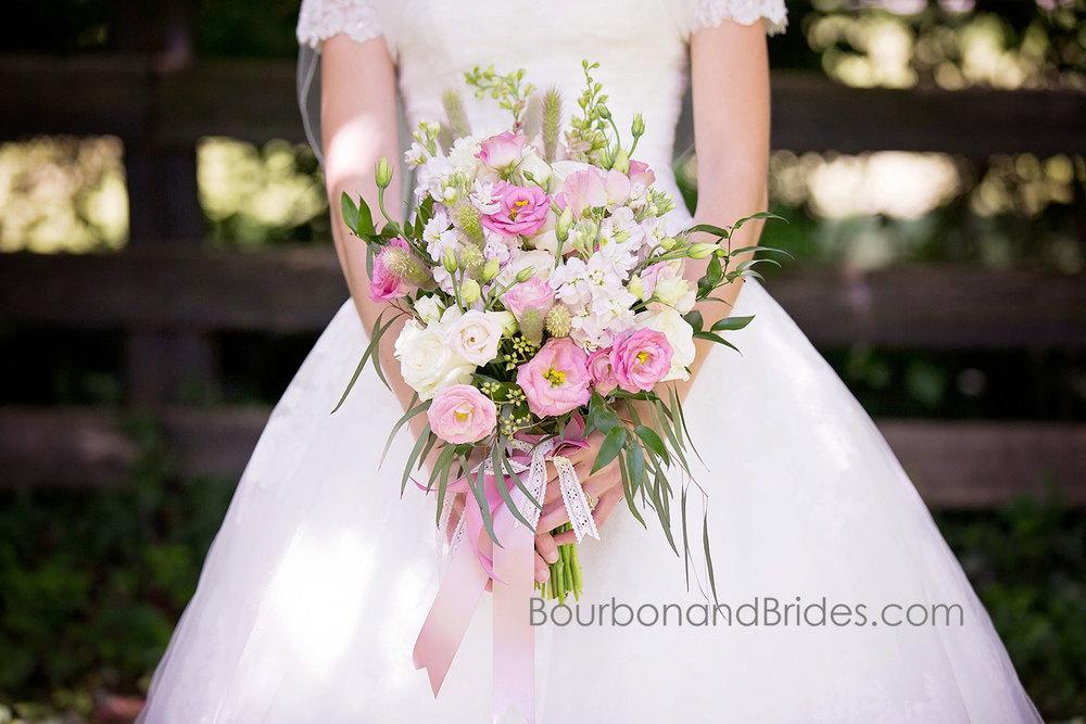 Bridal Bouquet   Walnut Hill Church   Kentucky Wedding Photographer   Bourbon & Brides Kentucky Wedding Photography