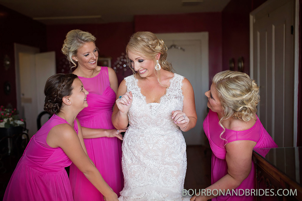 Bridesmaids-Talon-wedding-photographer.jpg