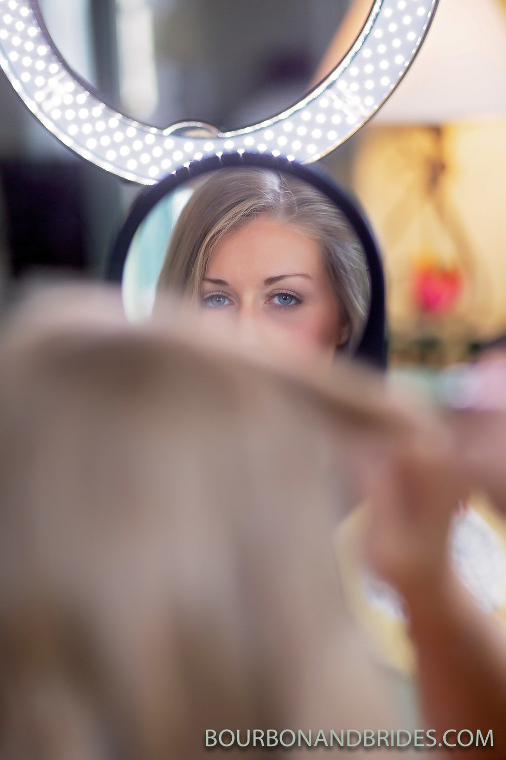 Bride-mirror-Lexington-Kentucky-wedding.jpg