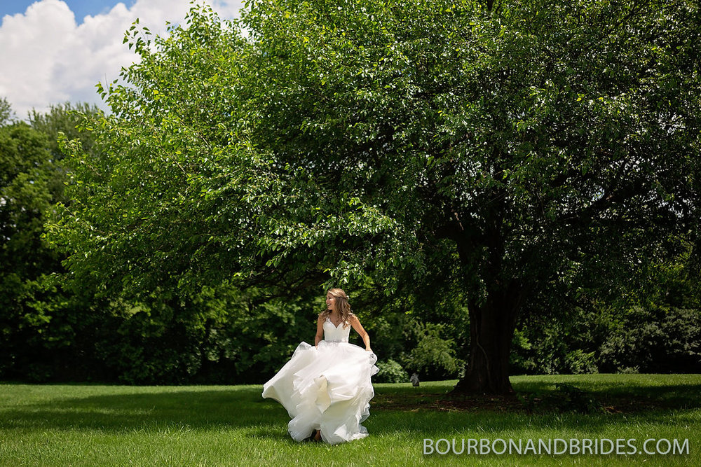 bride-tree-Kentucky-wedding.jpg