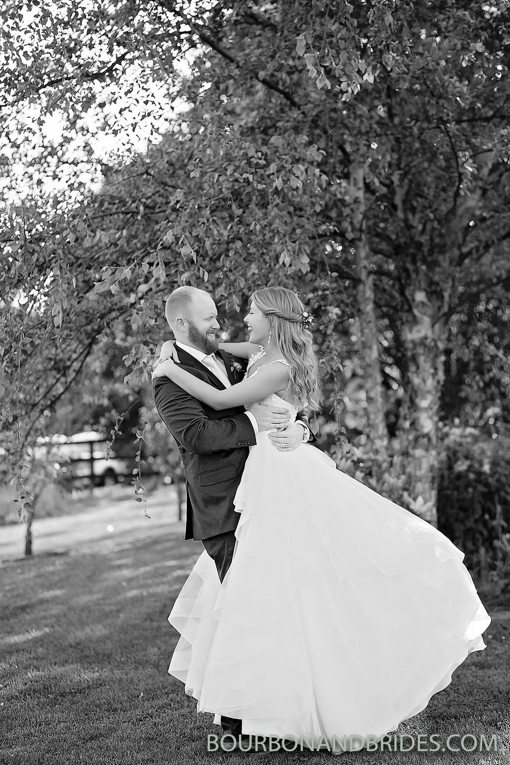 bride-groom-versailles-kentucky.jpg