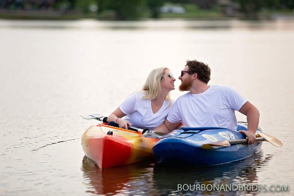 lake-jacobson-park-engagement.jpg