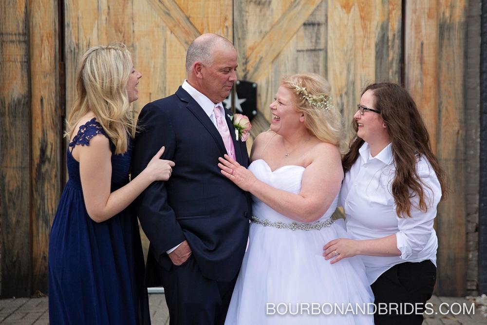 family-lexington-kentucky-wedding.jpg