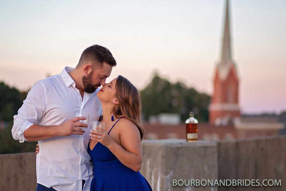 bourbon-kissing-lexington-engagement.jpg
