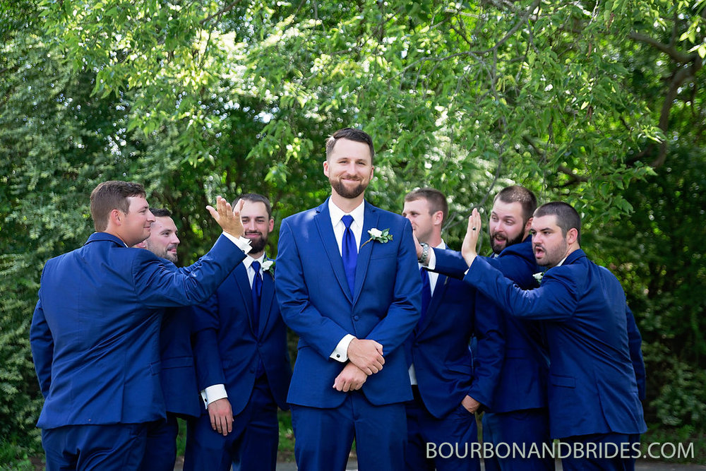 kentucky-wedding-groomsmen.jpg