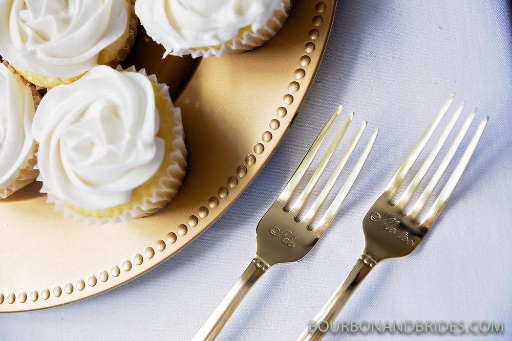 elizabeth-lowry-wedding-cake.jpg