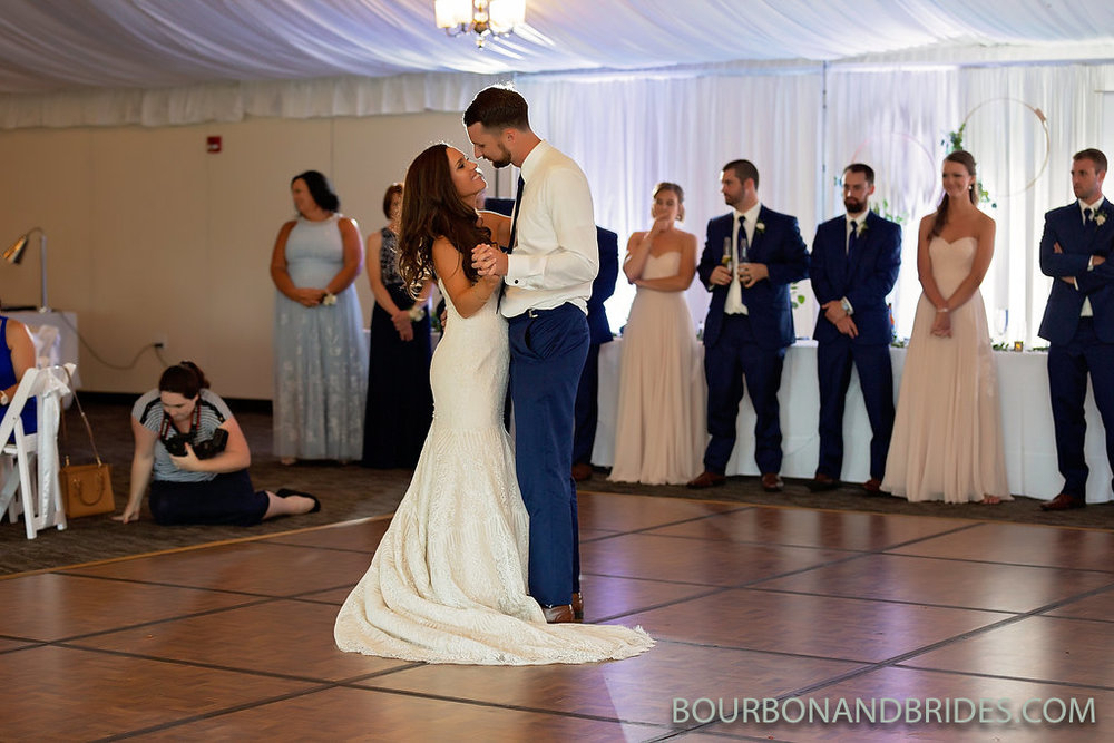 lexington-kentucky-wedding-first-dance.jpg