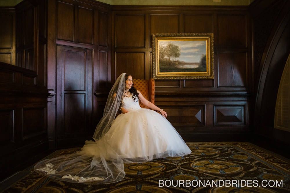 Louisville-wedding-seelbach-bride.jpg