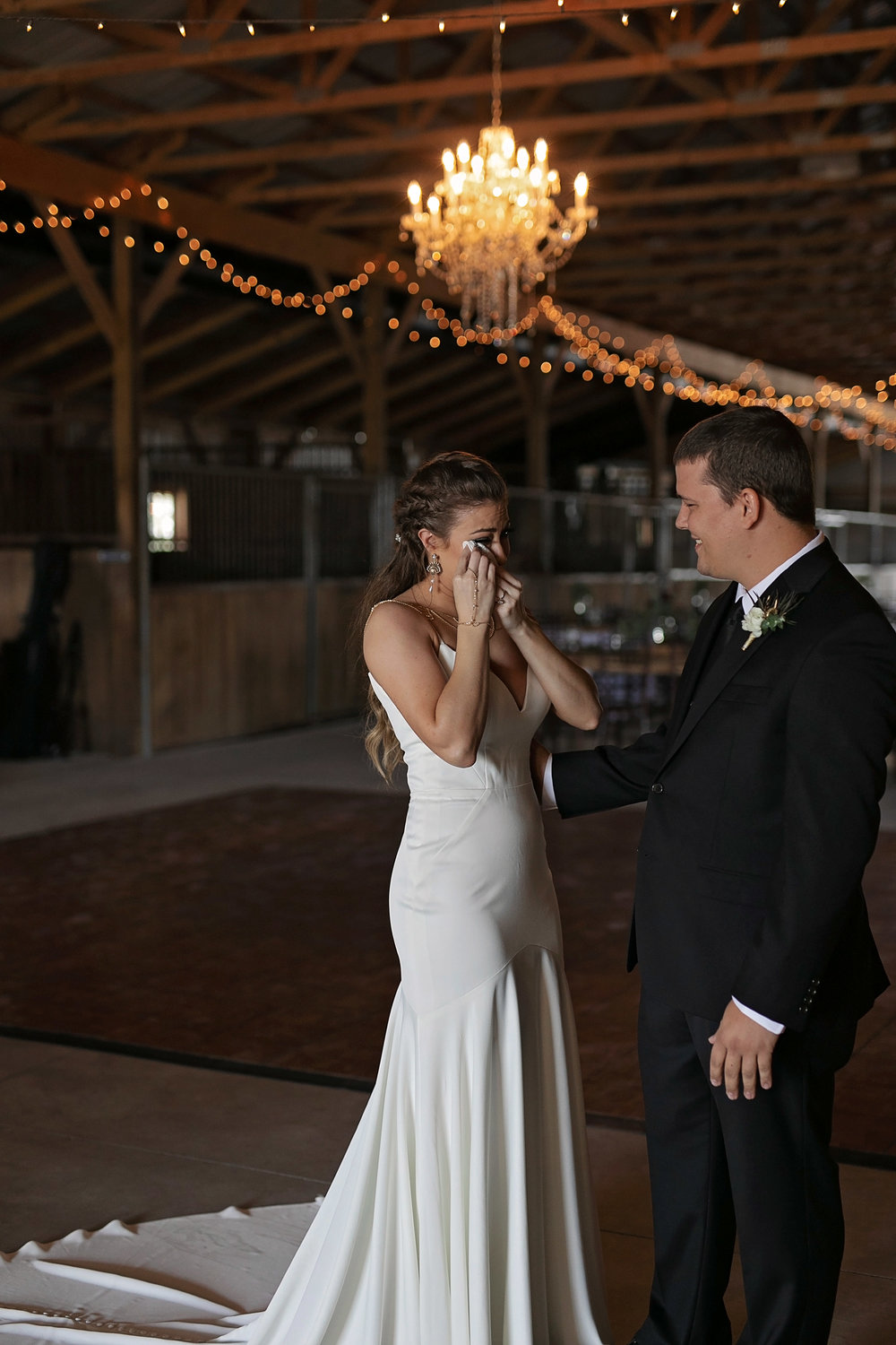 first-look-wedding-lexington-kentucky.jpg