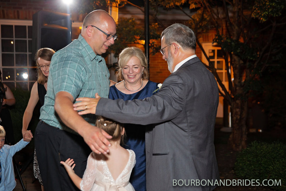 Griffin-Gate-Wedding-dancing.jpg