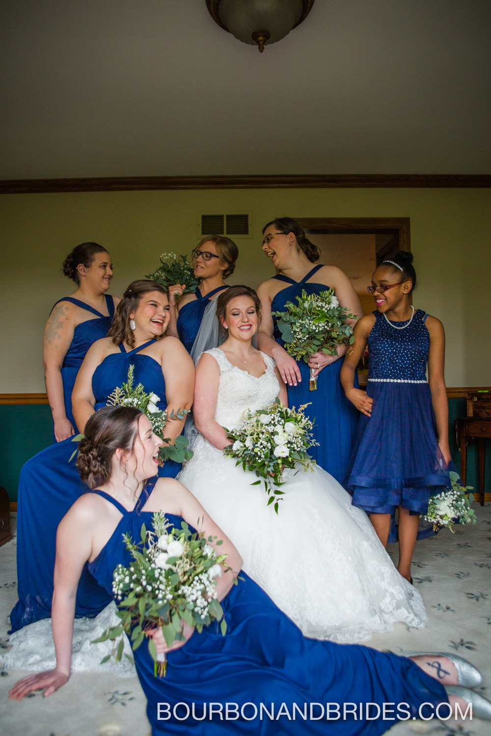 Cincinatti-wedding-party-photographer.jpg