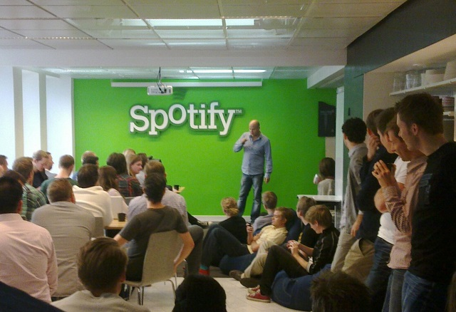 Daniel Ek addressing Spotify staff. C.C. Image: Jon Åslund on Flickr.