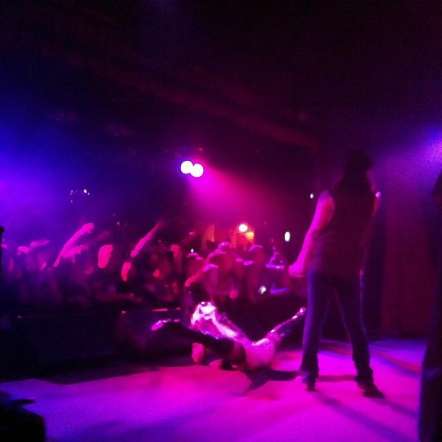 #mickeyavalon just hit the stage at #cornerhotel! #mrright ;)
