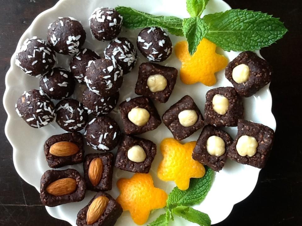raw dessert treats.jpg