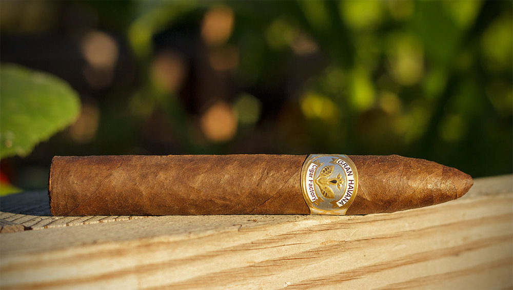 Cigar Torpedo Natural Side