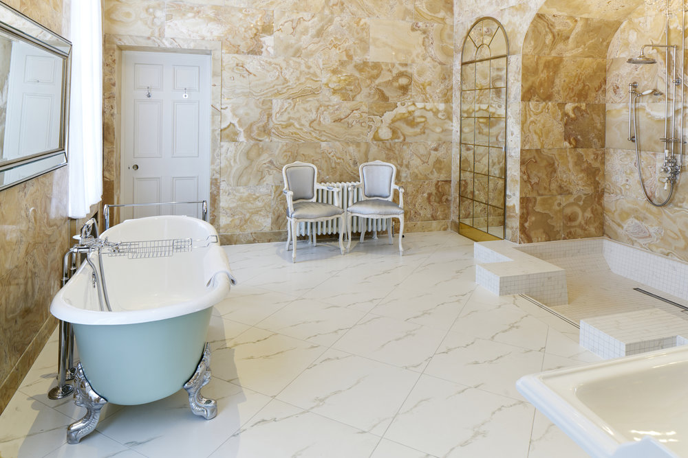 Bridal Bathroom Hedsor House - Dominic James.jpg