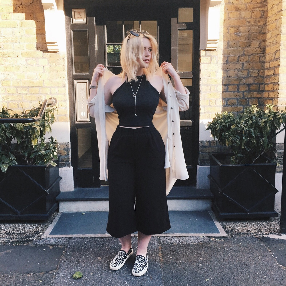 Shirt: All Saints/ Top: River Island/ Culottes: Weekday/ Shoes: Saint Laurent/ Necklace: Links of London/ Sunglasses: ASOS