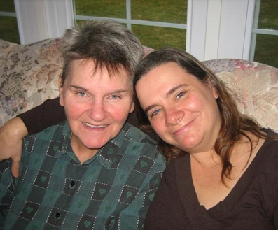 Vicki and her mom  (photo credit: UsAgainstAlzheimer's)