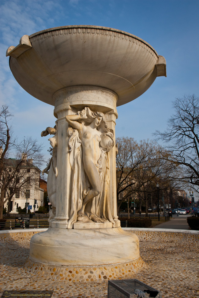 DC-DuPont-Circle-fountain.jpg