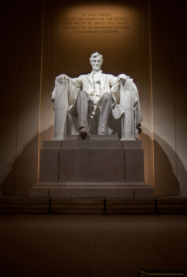 Lincoln-Memorial-night-front.jpg