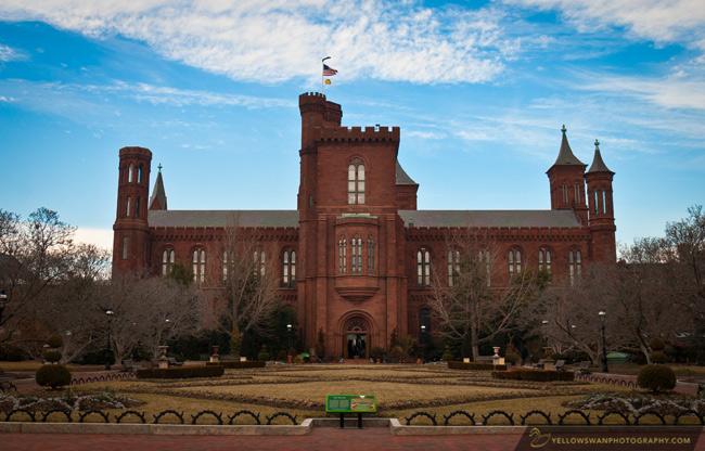 Smithsonian-Castle.jpg
