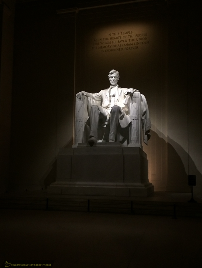 Lincoln-Memorial-night-lonely.jpg