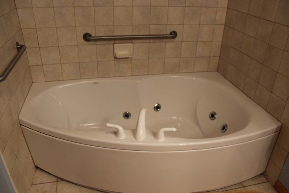 huge tub with jets