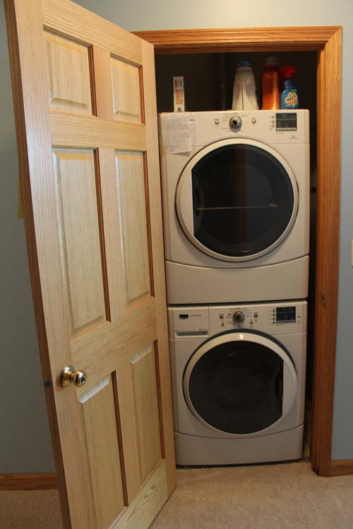 washer dryer in the unit makes life easy