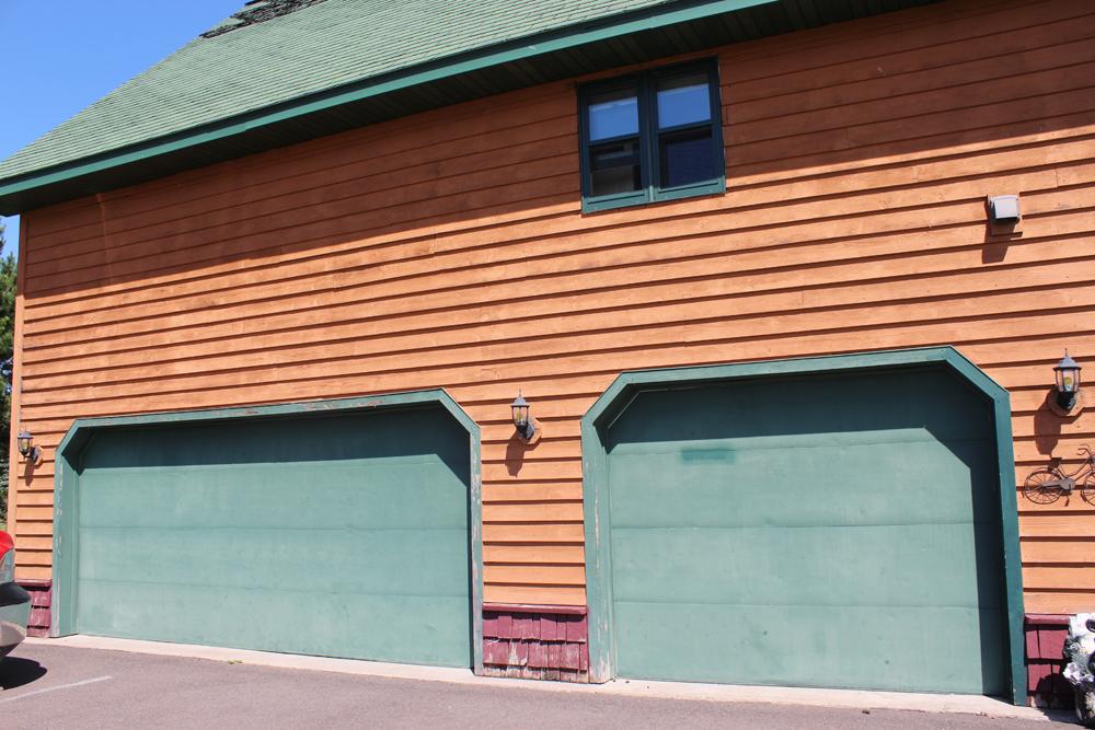 Three car garage
