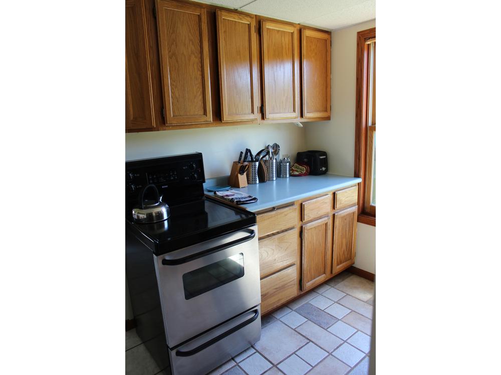 kitchenlower.jpg