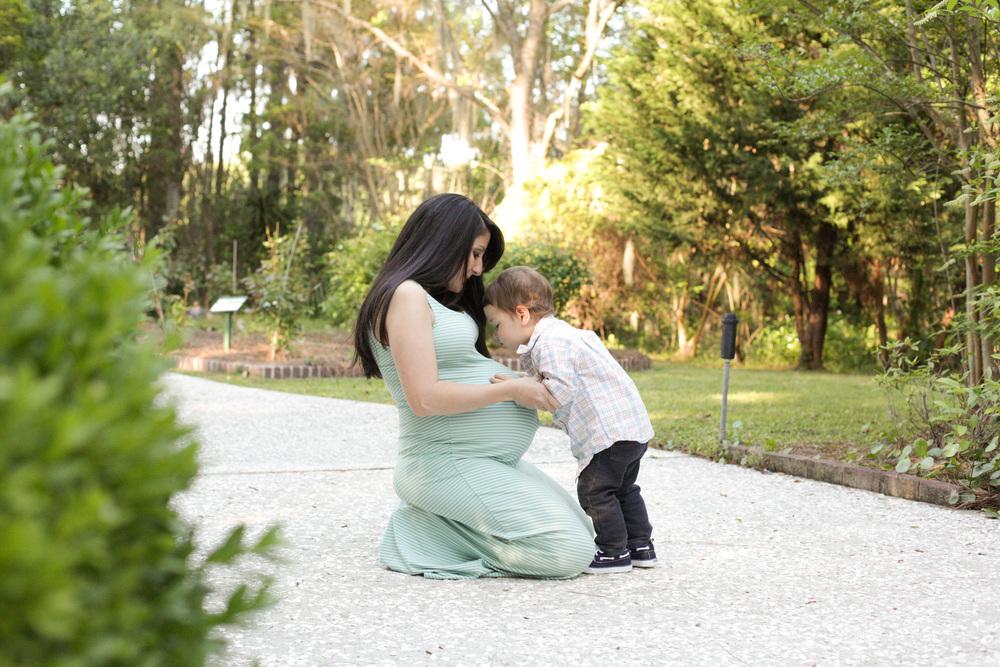 R Maternity-21.jpg