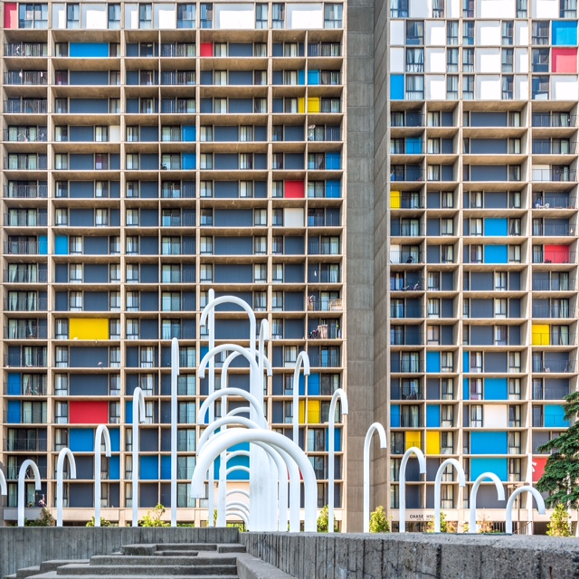 The Riverside Plaza: photo by @morgansheffphoto for @archmnmag. I love how Morgan has captured this space. Beautifully designed works of architecture that, in my opinion, doesn't get the attention or credit it deserves. Ralph Rapson's brutalist vision freeze-framed perfectly. And the Piet Mondrian inspired colored panels just pop off the screen. I love everything about these concrete structures. Makes me want to design and build my own concrete home...