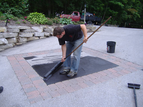 Driveway Sealcoating 3 of 6