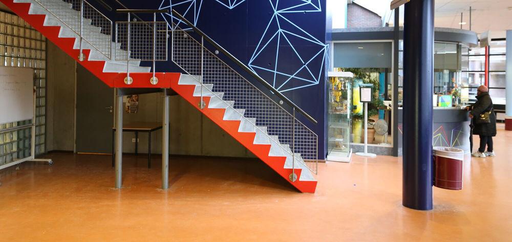 Interior Helen Parkhurst hallway