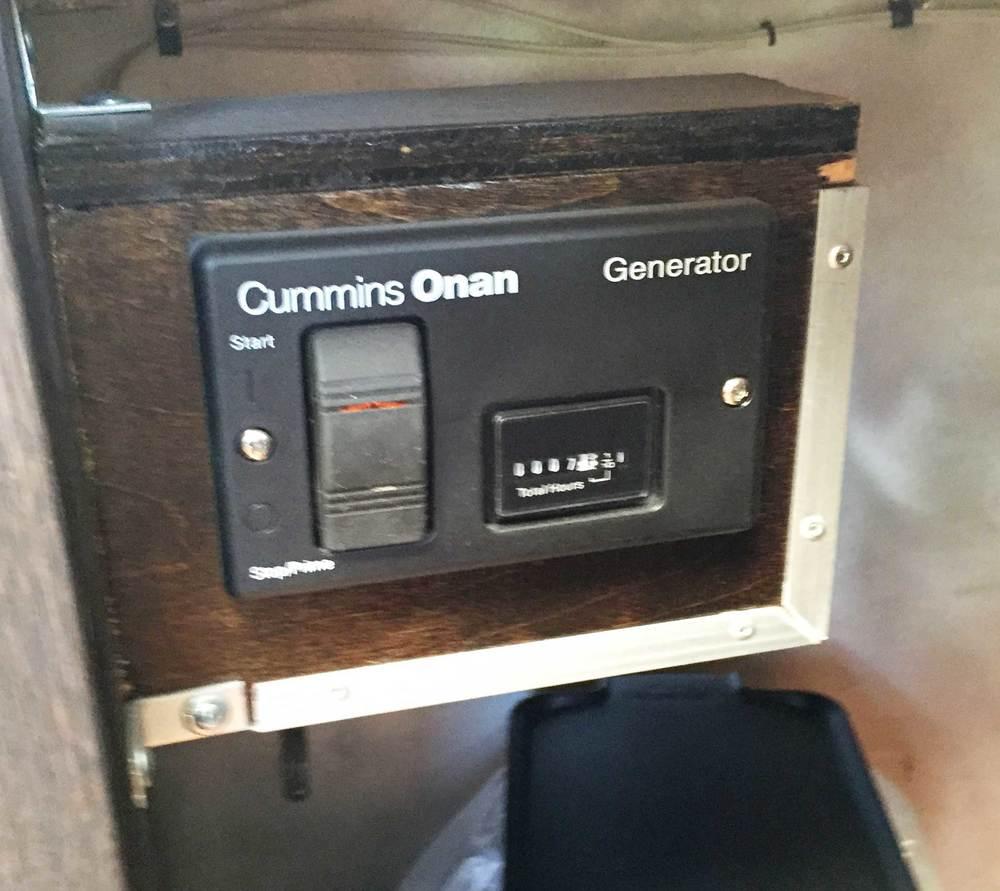 details-4-genorator-board.jpg