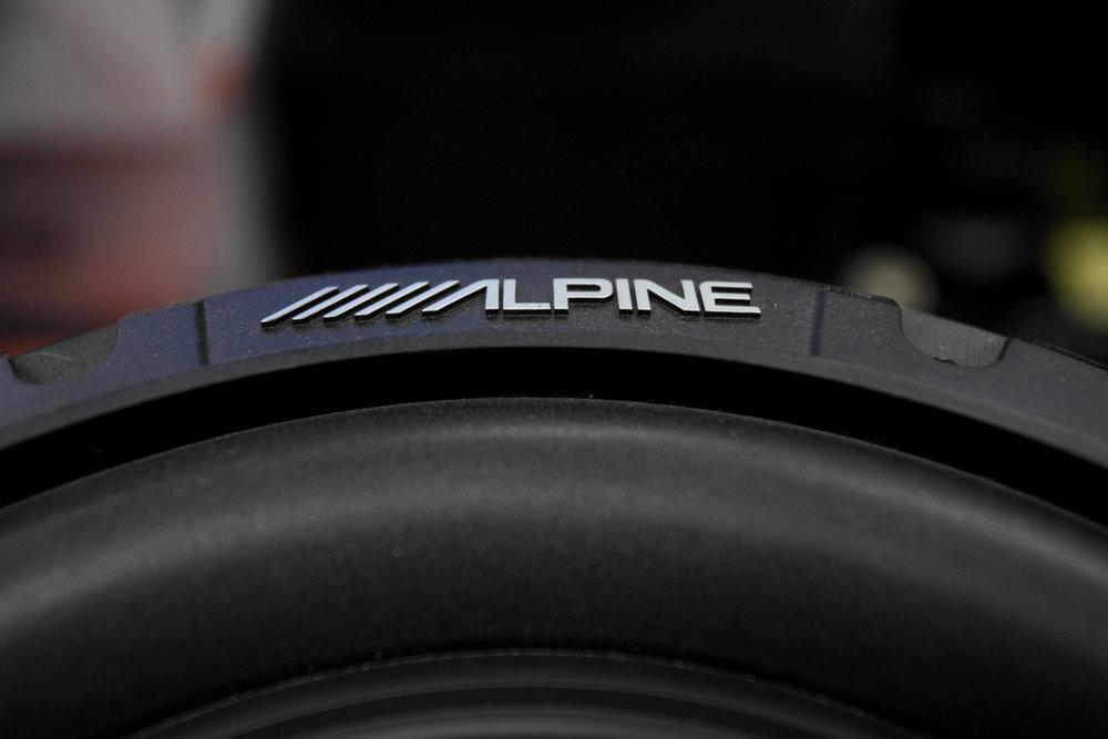 Alpine Car Audio and Speakers