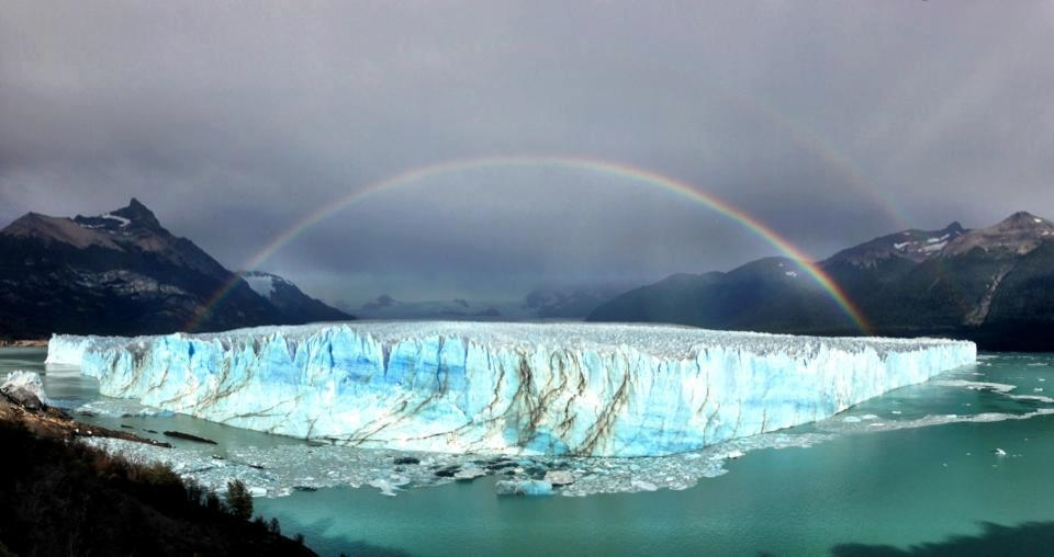 A double rainbow that appeared over the Perito Moreno glacier.
