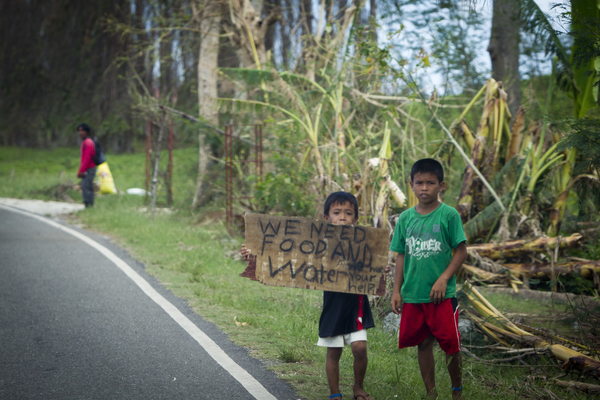 water for waves relief philippines_typhoon_haiyan5.jpg